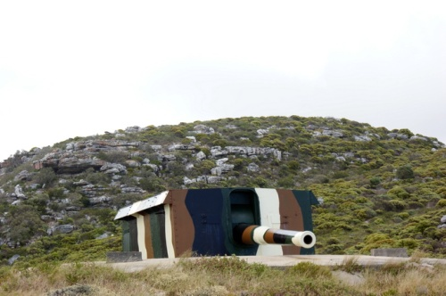 The upper shore battery protecting Simons Town. Unused for decades. The Guns of Navarone, cape style.