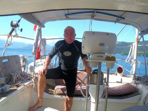 Getting ready to snorkeleer on my hull.