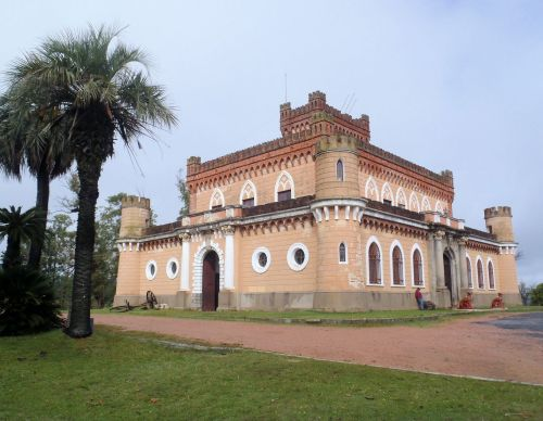 The castle of Don Piria, thus the name, Piriopolis.